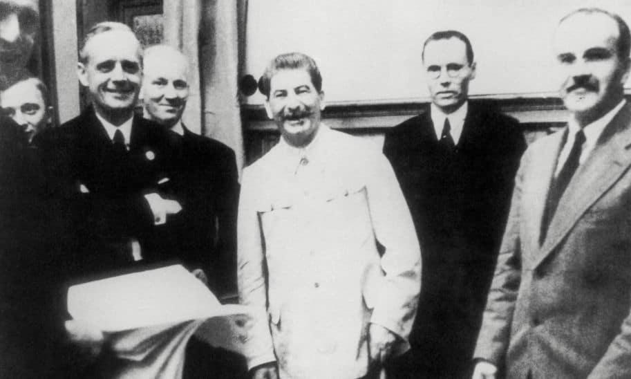 stalin acordo alemanha russia