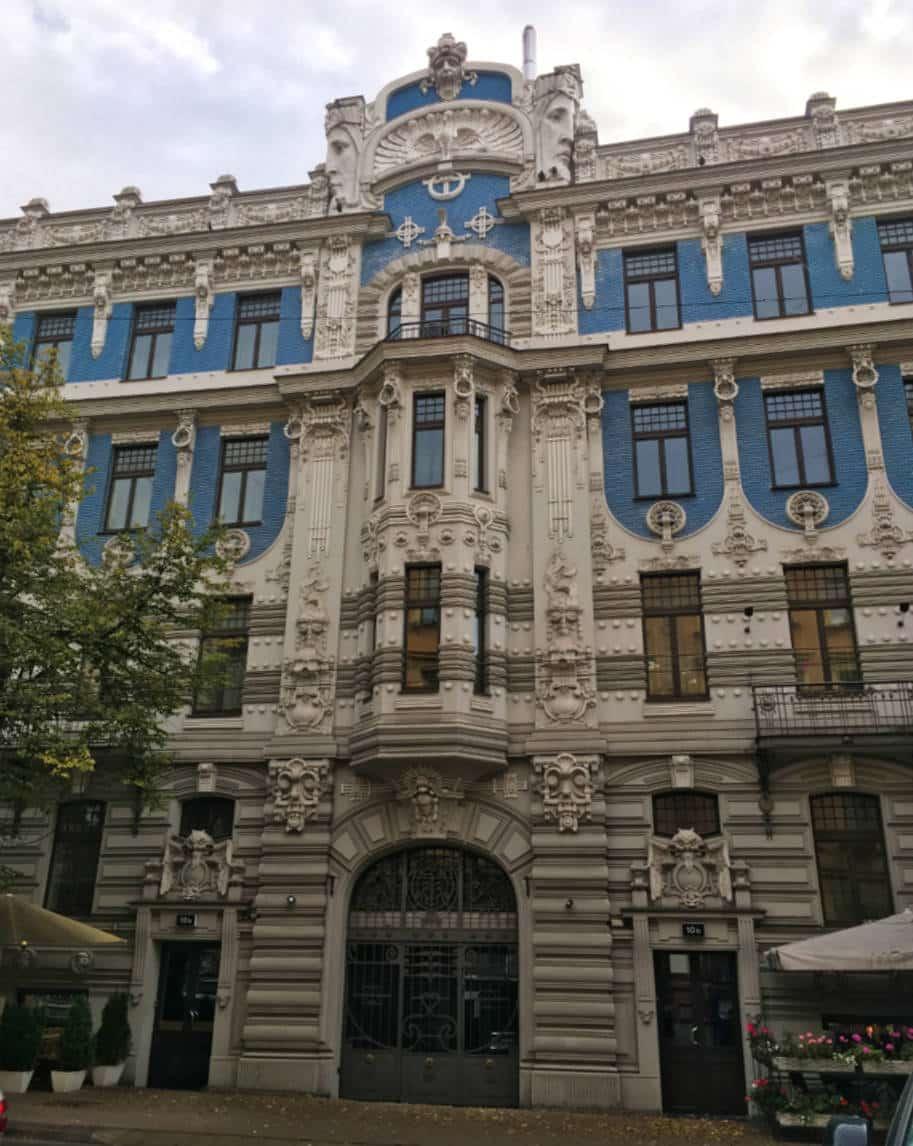 distrito de art nouveau em riga letonia prédio