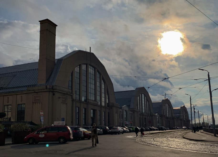 mercado municipal de riga hangares de zeppelin
