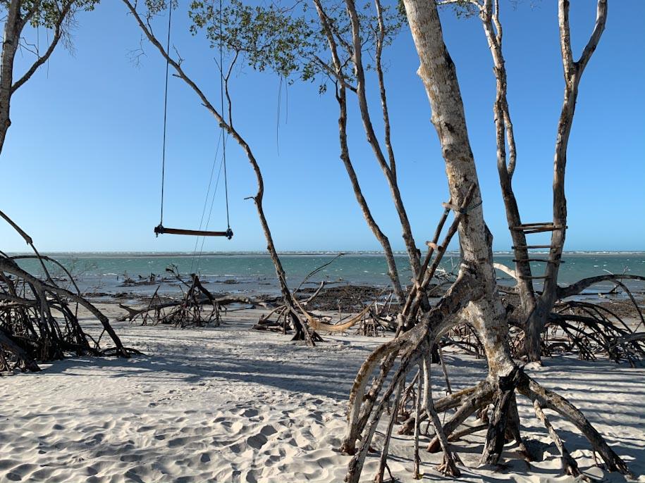 rota das emoções mangue seco ceara balanço praia sol
