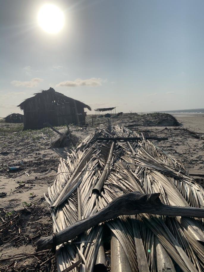 praia da barra casa barco mar