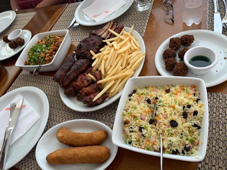 carne de carneiro arroz banana não come frutos do mar litoral