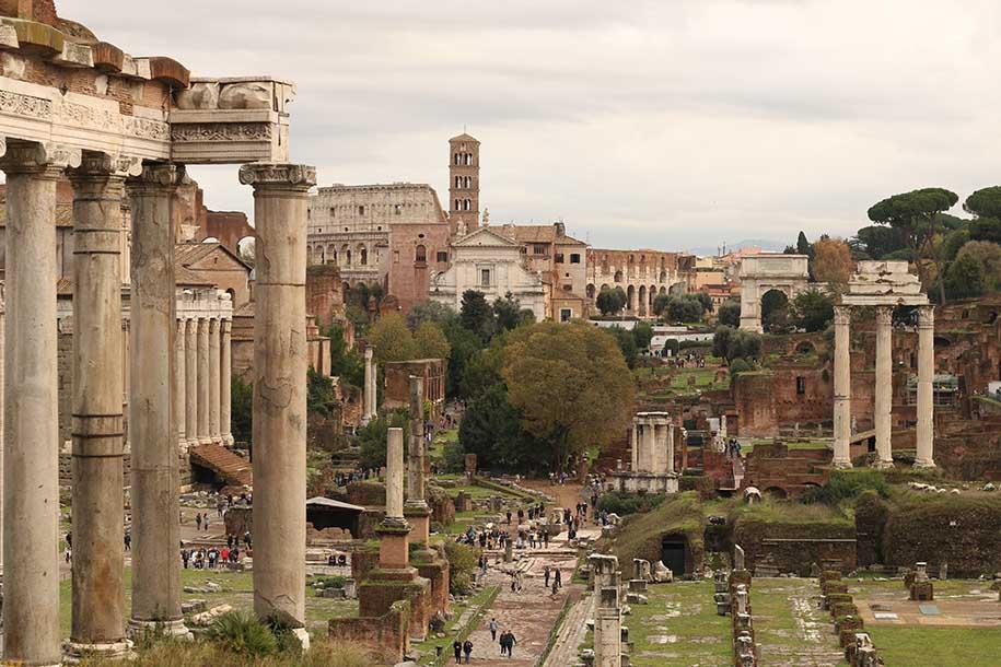 Fórum Romano, Itália