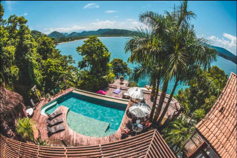 Vila exclusiva em Paraty, no sul do rio e próxima as praias do litoral norte de SP