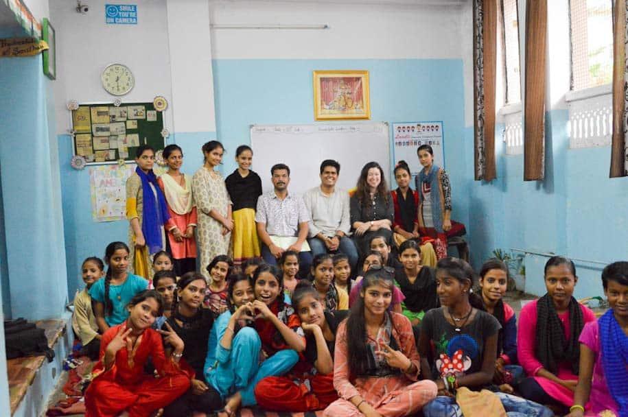 happee leticia e socio mulheres indianas
