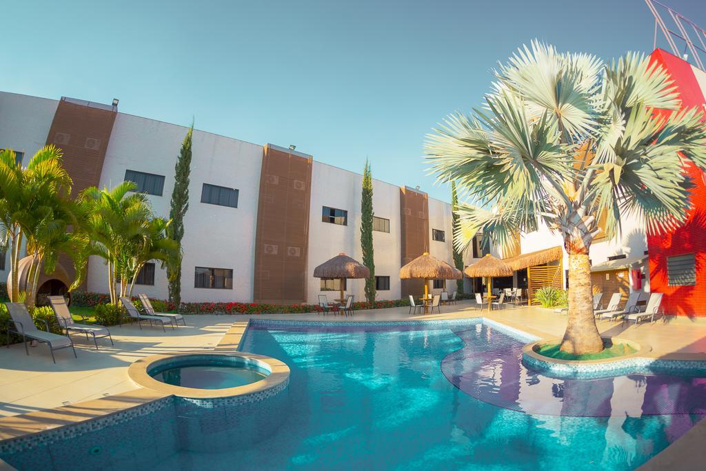 hotel com piscina em formosa
