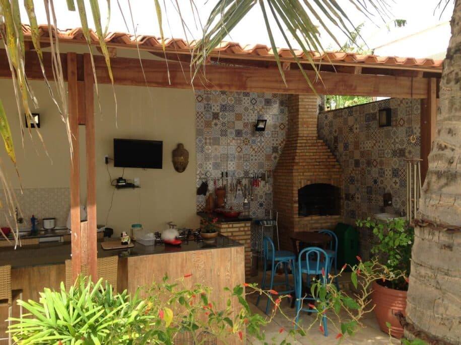 casa com piscina e churrasqueira na praia do calhau em são luis maranhão aluguel temporada booking airbnb