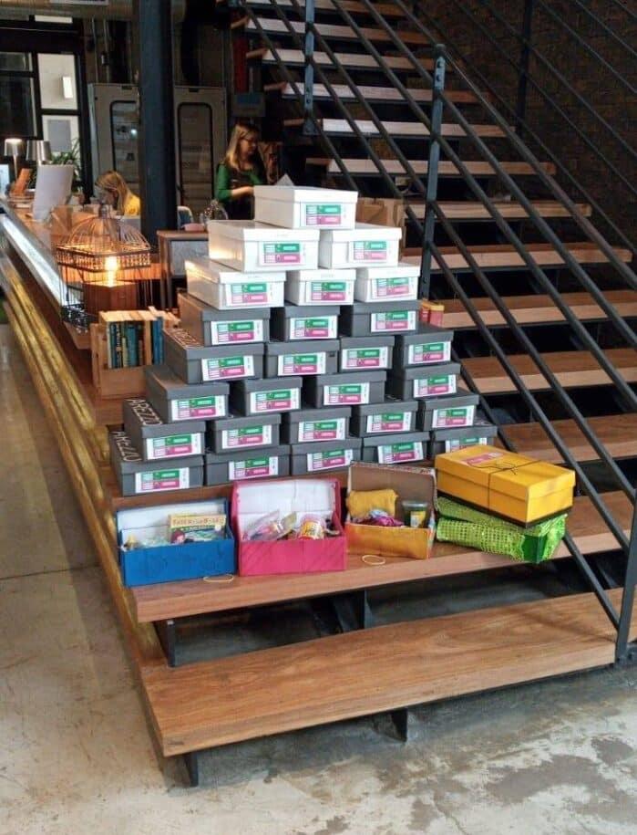 pilha presentes natal Projeto Caixa de Sapato