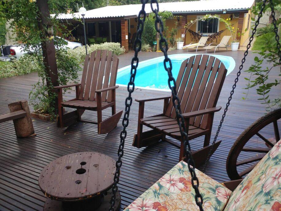 casa aluguel temporada com piscina