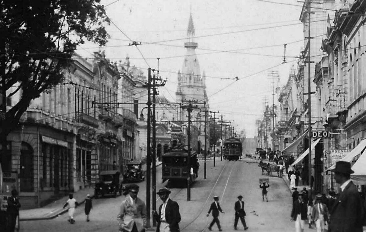 Artur Azevedo e as crônicas dos primeiros anos de Belo Horizonte